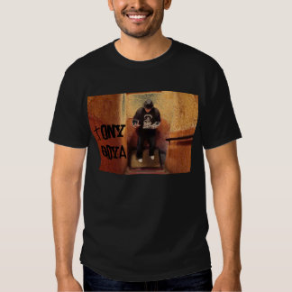 El T negro de los hombres de Tony Goya - Remera