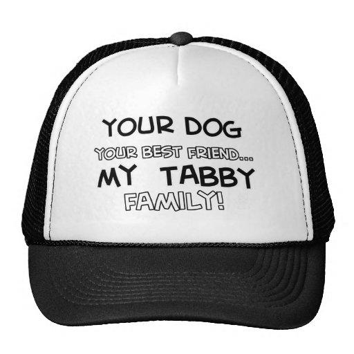 El Tabby es diseños de la familia Gorras