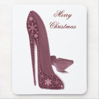 El tacón alto del estilete del navidad calza arte mouse pads