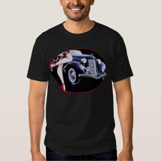 El tacón alto rojo del coche de Speedster calza Playeras