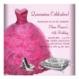 El tacón alto rosado del vestido de bola calza Qui
