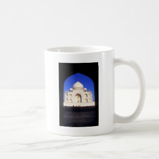 El Taj Mahal en Agra la India Tazas De Café