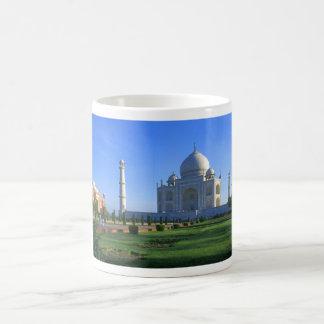 El Taj Mahal en Agra la India Tazas