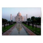 El Taj Mahal en la alba Tarjeta De Felicitación