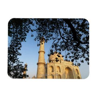El Taj Mahal en la salida del sol. Agra, la India  Imán Flexible
