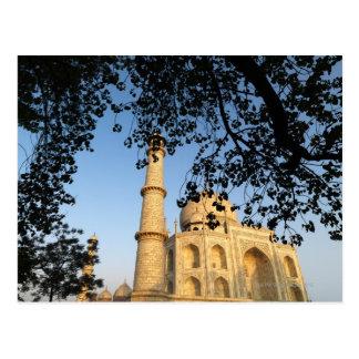 El Taj Mahal en la salida del sol. Agra, la India Postales