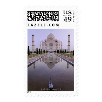 el Taj Mahal reflejó perfectamente en la piscina Timbres Postales