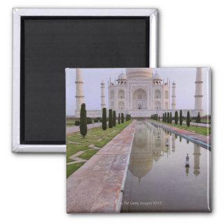 El Taj Mahal todavía reflejado perfectamente en Imán Cuadrado