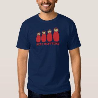 El tamaño importa camisa de Petrushka para los