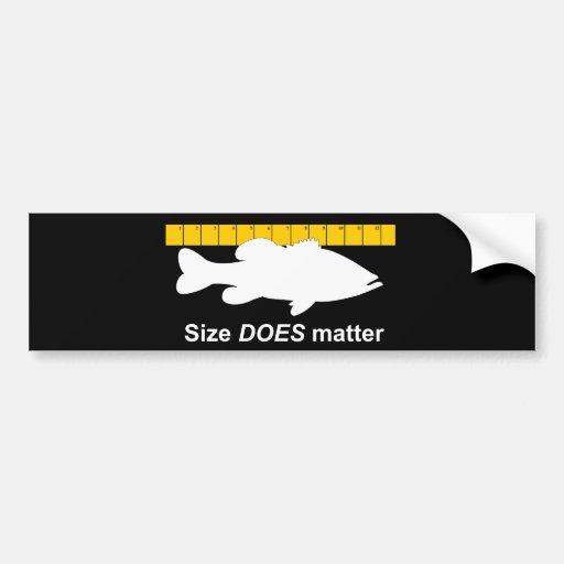 """El """"tamaño importa"""" - pesca de la lubina divertida etiqueta de parachoque"""