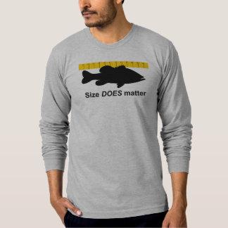 """El """"tamaño importa"""" - pesca de la lubina divertida camisas"""