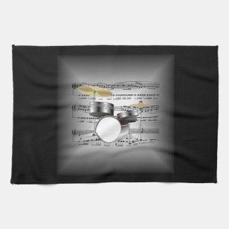 El tambor fijó en la plata tridimensional y el toalla de cocina