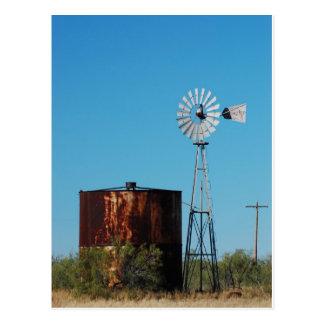 El tanque del oeste del molino de viento y de agua postal