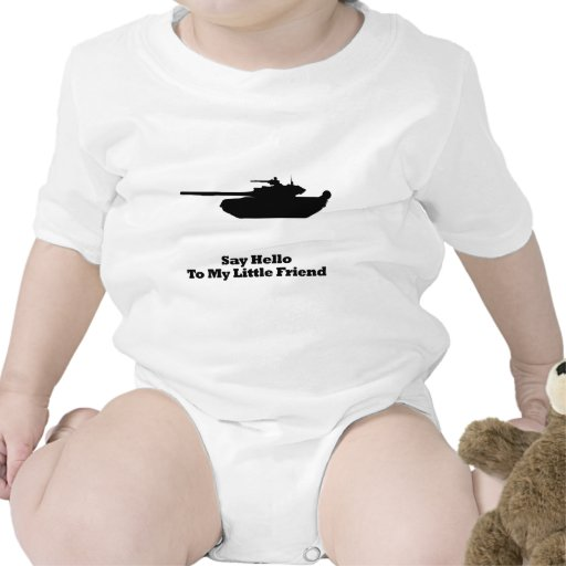El tanque dice hola camiseta