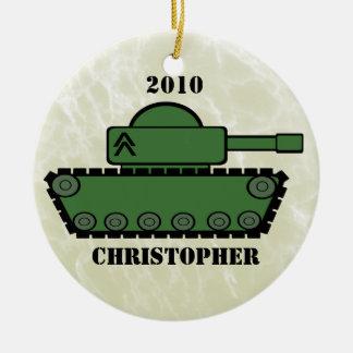 El tanque militar adorno navideño redondo de cerámica