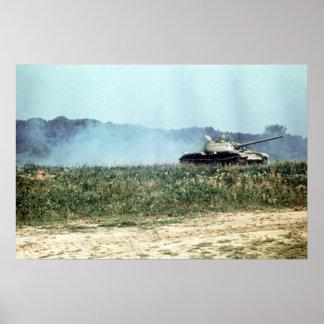 El tanque soviético T-54 Póster