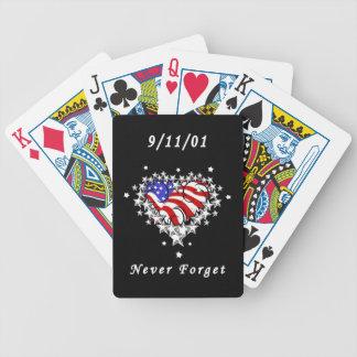 El tatuaje 911 nunca olvida barajas de cartas
