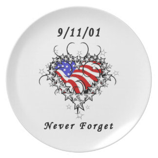 El tatuaje 911 nunca olvida platos