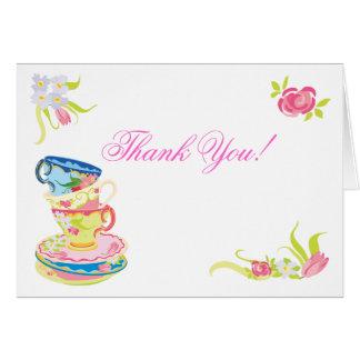 El té apilado Victorian de las tazas de té le agra Felicitación