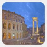 El teatro de Marcelo en Roma en la noche Pegatina Cuadrada