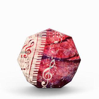 El teclado de piano con música observa Grunge09