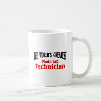El técnico de laboratorio más grande de la foto taza