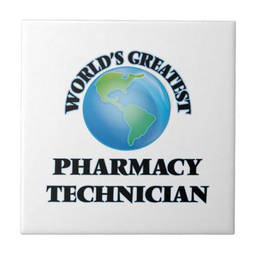 El técnico más grande de la farmacia del mundo teja  ceramica