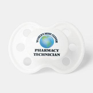 El técnico más listo de la farmacia del mundo chupetes