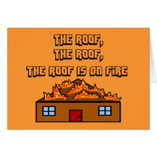 El tejado está en tarjeta del Fuego-Saludo
