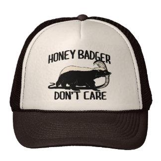 el tejón de miel no cuida gorros bordados