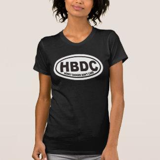 El tejón de miel no cuida la camiseta de la etique