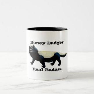 ¡El tejón de miel no cuida! Taza De Café