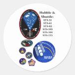 El telescopio de Hubble y la lanzadera Etiquetas Redondas