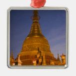El templo de la lata de Shwe Myin, oscuridad, hace Adorno De Reyes