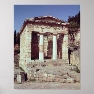 El templo de los tesoros de los atenienses posters