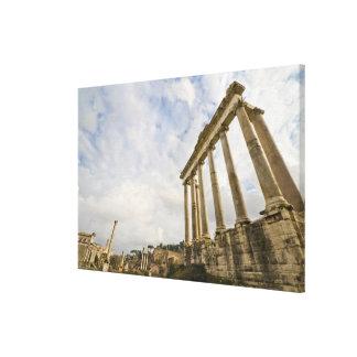 El templo de Saturn es el más viejo del romano Impresión En Lona Estirada