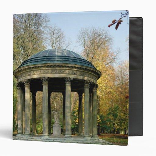 El templo del amor en el Parc du Petit