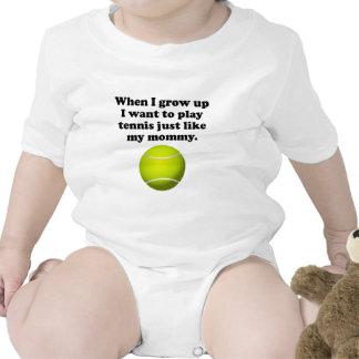El tenis del juego tiene gusto de mi mamá camiseta