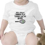 El tenis del juego tiene gusto de mi papá traje de bebé
