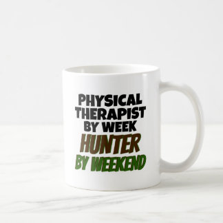 El terapeuta físico ama el cazar taza clásica