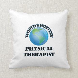 El terapeuta físico más caliente del mundo almohadas