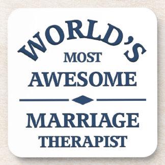 El terapeuta más impresionante de la boda del mund posavasos de bebida
