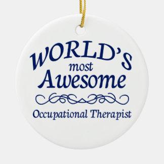 El terapeuta profesional más impresionante del adorno navideño redondo de cerámica