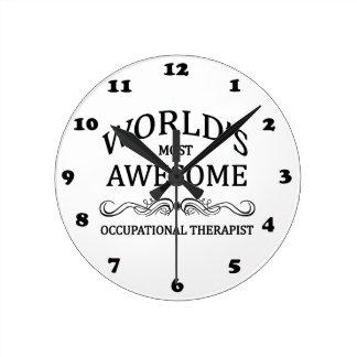 El terapeuta profesional más impresionante del mun reloj de pared
