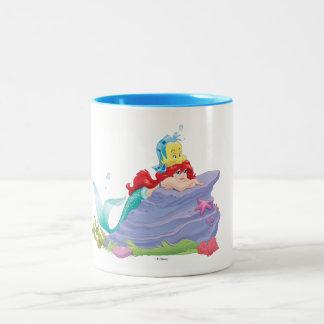 El tesoro 2 de las Besties-Vidas de Ariel el | Taza De Café De Dos Colores