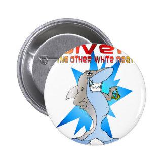 El tiburón come al buceador pin