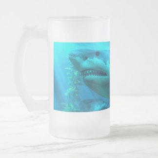 El tiburón más grande taza de cristal