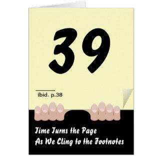 El tiempo da vuelta al cumpleaños de la página tarjeta de felicitación