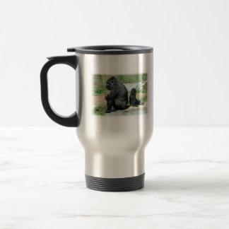 El tiempo del gorila hacia fuera viaja taza