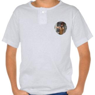 El tiempo está corriendo hacia fuera camisetas